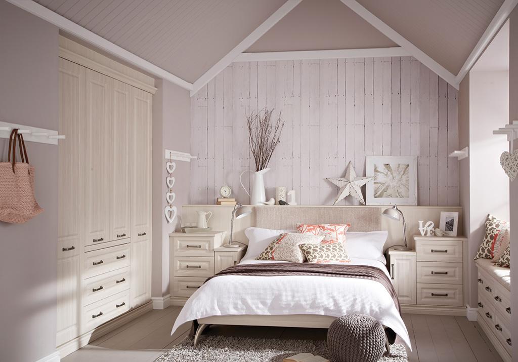 Bosworth White 4